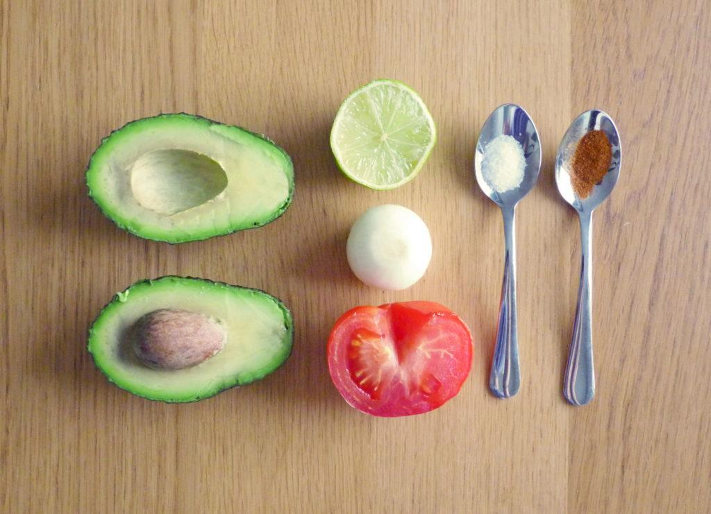 Ingredience na pravé mexické guacamole - Ochutnejte svět