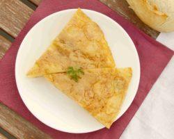 TORTILLA DE PATATAS: Španělská vaječná omeleta s bramborami