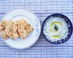 Dip, který procestoval svět: řecké TZATZIKI