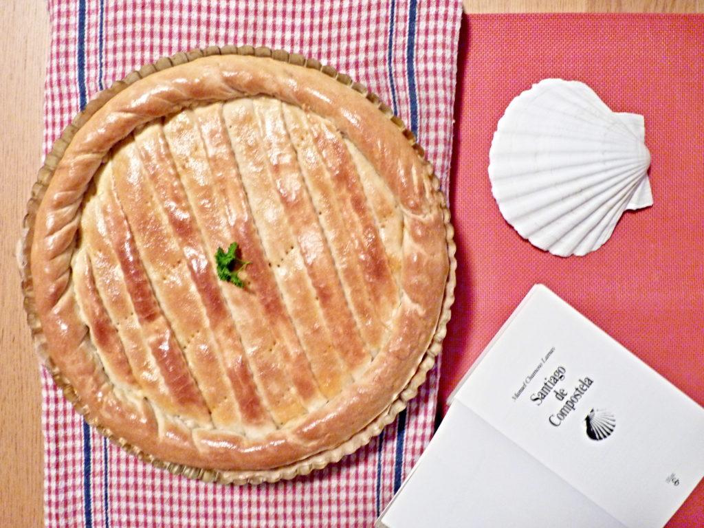 Empanada gallega - španělský slaný koláč s tuňákem - Ochutnejte svět