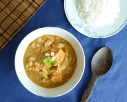 Thajské MASSAMAN CURRY: pasta a příprava kari