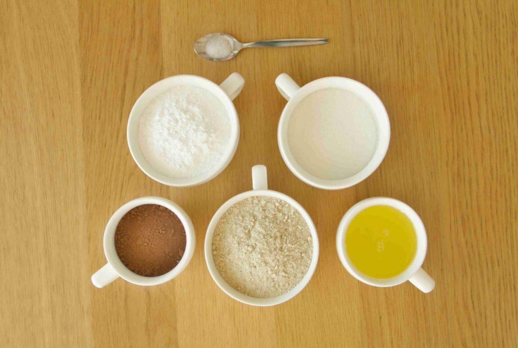 Ingredience na čokoládové makronky - Ochutnejte svět