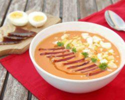 Španělská polévka z čerstvých rajčat SALMOREJO