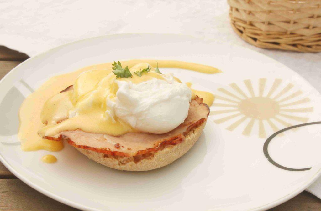 Vejce Benedikt - Ochutnejte svět - blog mezinárodní kuchyně