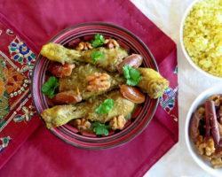 Marocký kuřecí tažín s datlemi a vlašskými ořechy