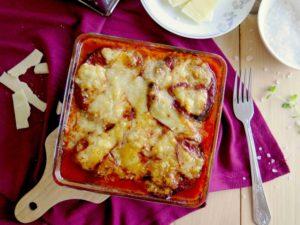 PARMIGIANA: Italský zapečený lilek se sýrem