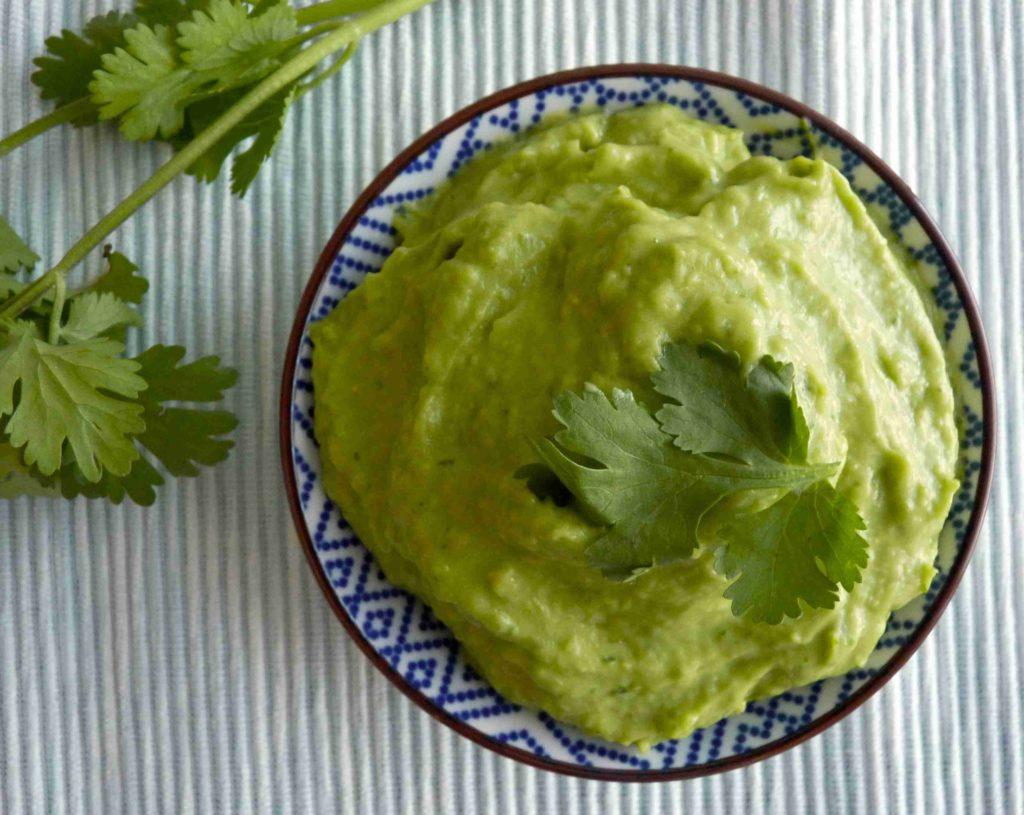 Venezuelská avokádová salsa - Ochutnejte svět