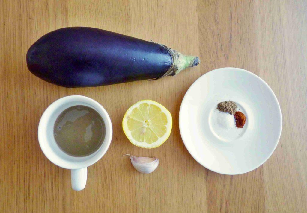 Ingredience na přípravu baba ghanoush - Ochutnejte svět