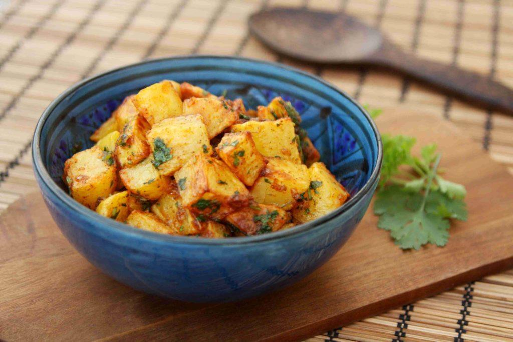 Batata harra - pikantní libanonské brambory - Ochutnejte svět