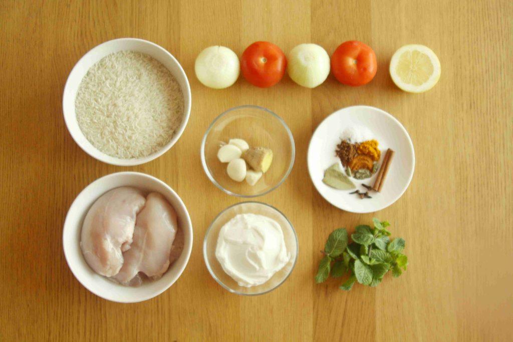 Ingredience na indickou rýži biryani - Ochutnejte svět