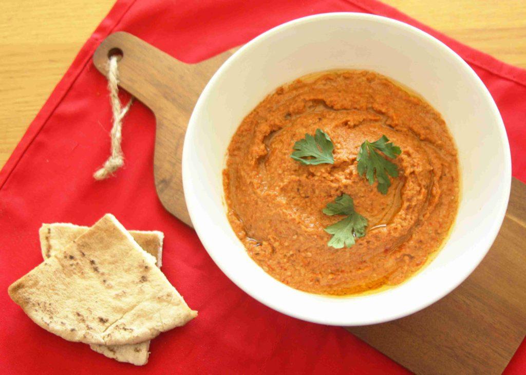 Dip z pečených paprik muhammara - Ochutnejte svět