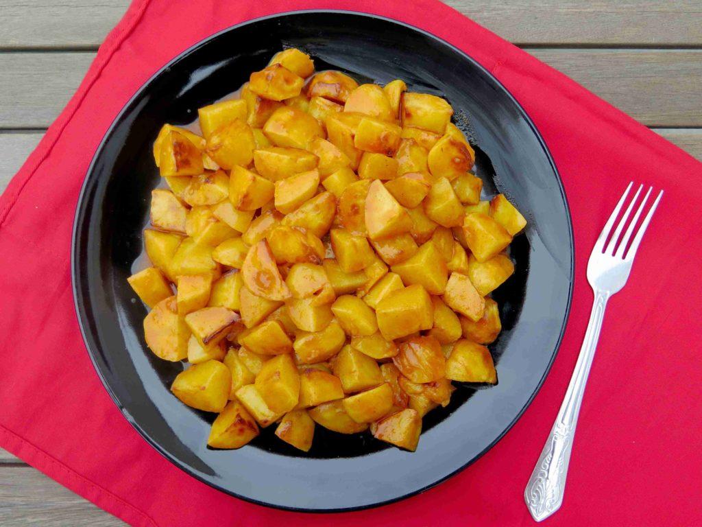 Patatas bravas - španělské pikantní brambory - Ochutnejte svět