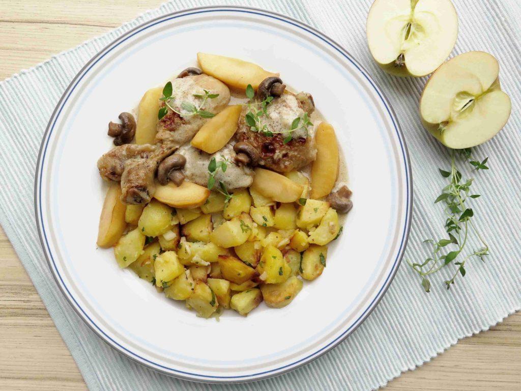 Francouzské kuře se ciderem a jablky - Ochutnejte svět