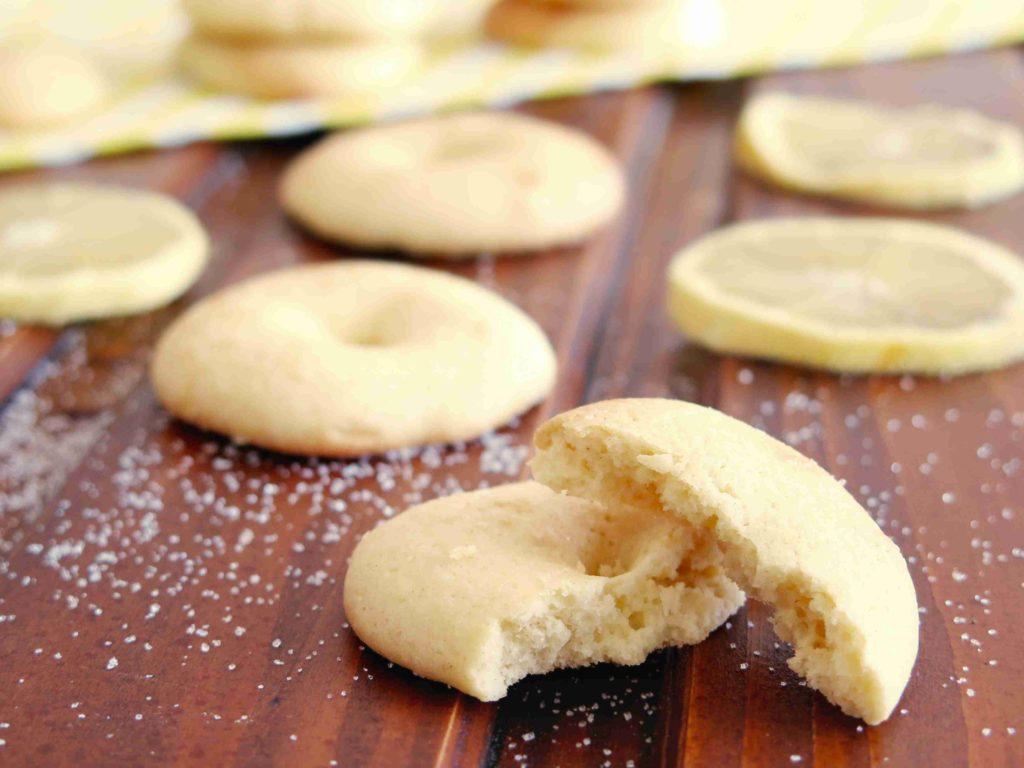 TWABAA: Alžírské citronové sušenky s olivovým olejem - Ochutnejte svět