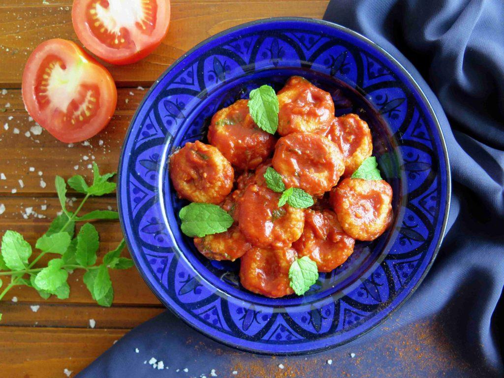Turecké gnocchi s rajčatovou omáčkou - Ochutnejte svět