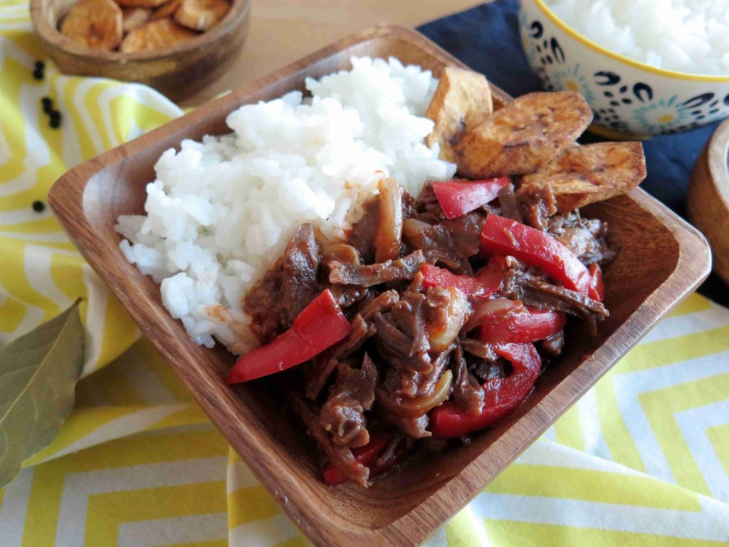 Ropa vieja - kubánské trhané maso - Ochutnejte svět