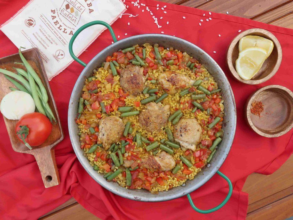 Španělská paella s kuřecím masem - Ochutnejte svět
