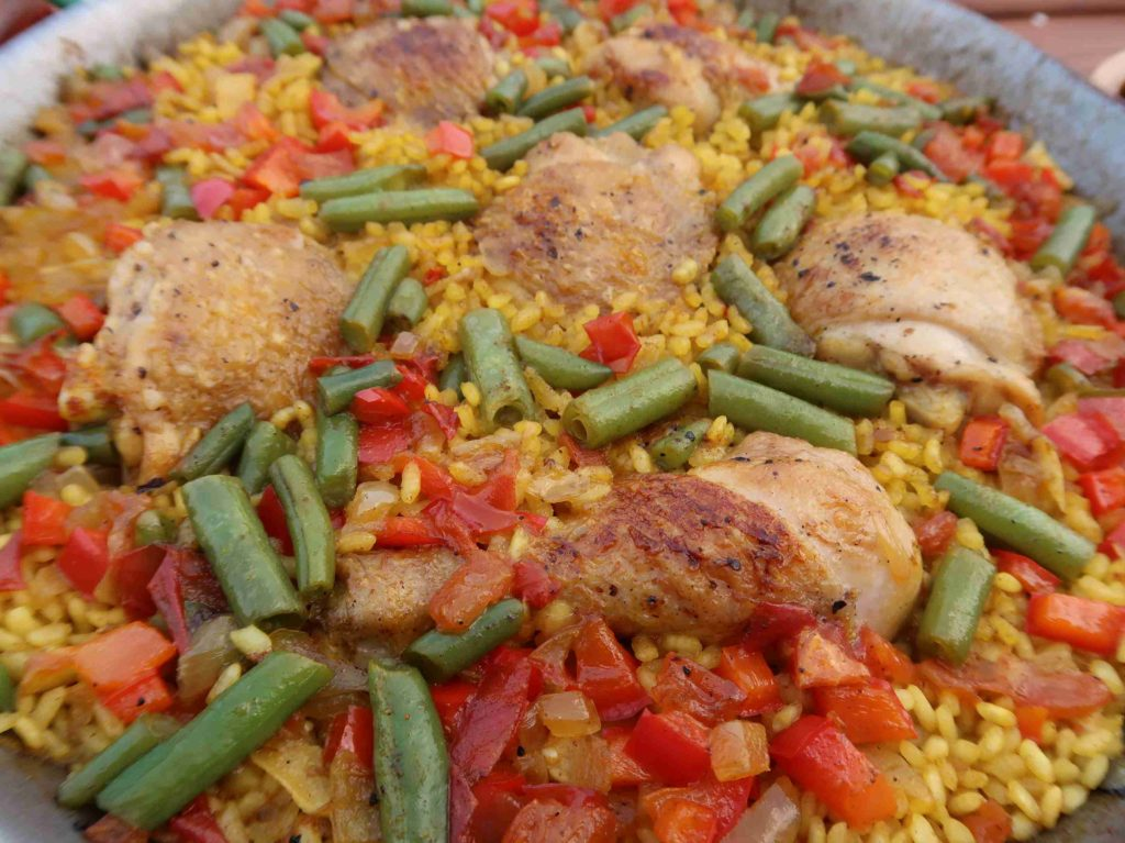 Španělská šafránová rýže paella de pollo - Ochutnejte svět